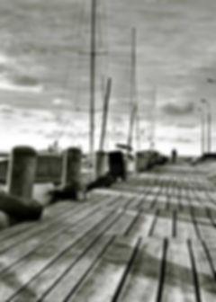 série photographie artistique paysages en noir et blanc, Le ponton mer Baltique Pologne