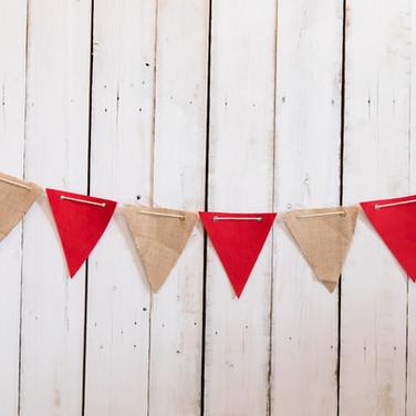 Red & Burlap Cloth Banner