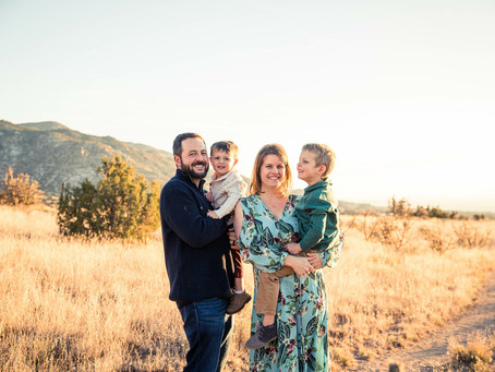 Dear Parents…Make a Fool Out of Yourself…And other tips & tricks for getting the best family photos