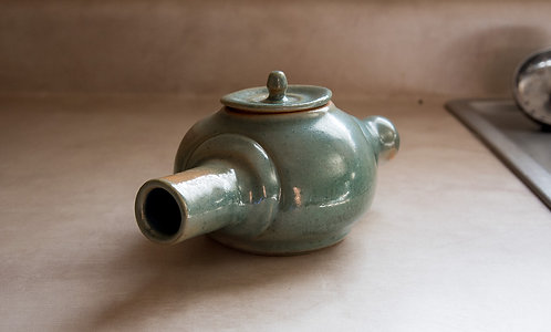 Oglong Tea Pot