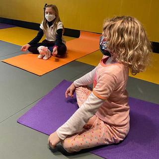 MM_yoga-girls.jpg