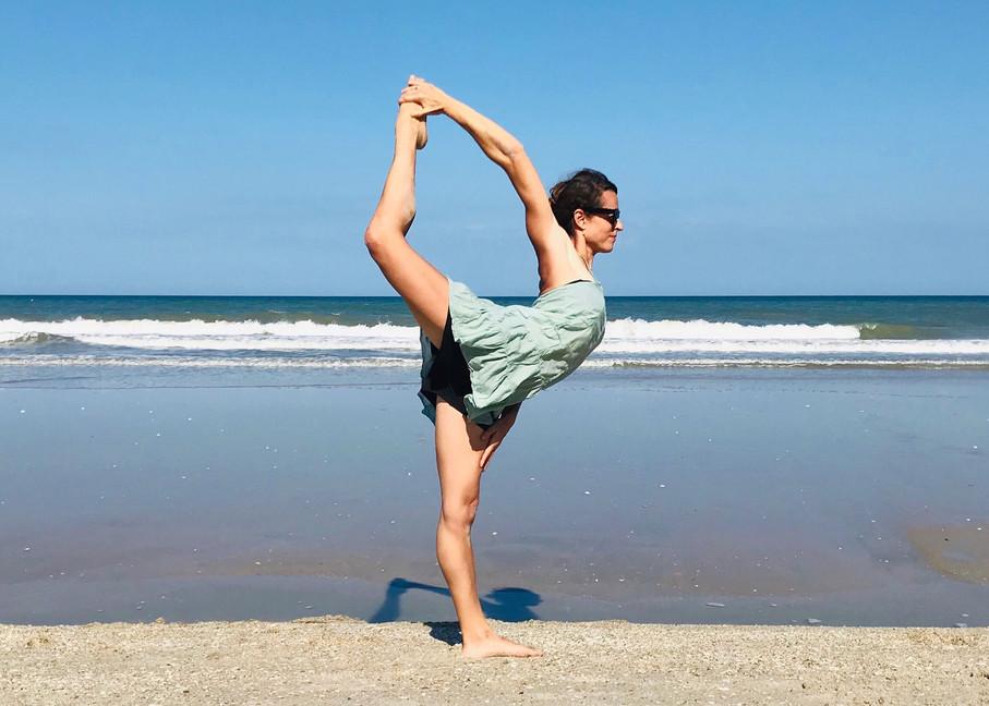 La posture du danseur ou Natarajasana