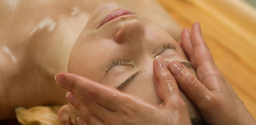 Abhyanga, Shirobhyanga, Ayurvedic face, head and neck massage