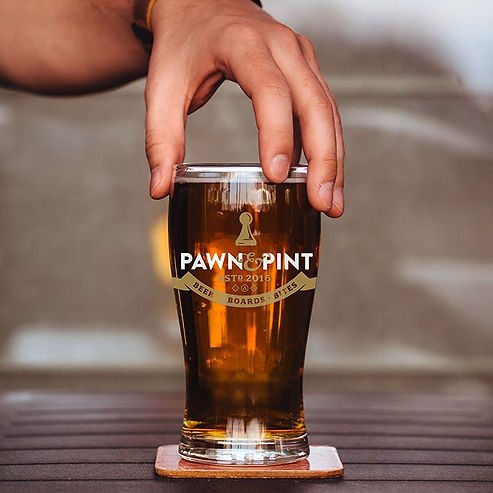 Pawn and Pint licensed pint glass