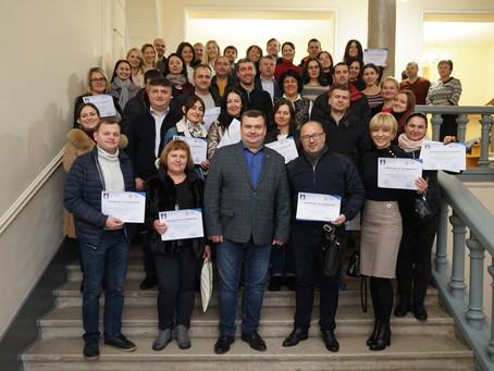 """В Мукачево  закінчилась навчальна програма для підприємців """"Інтернатура бізнесу"""""""