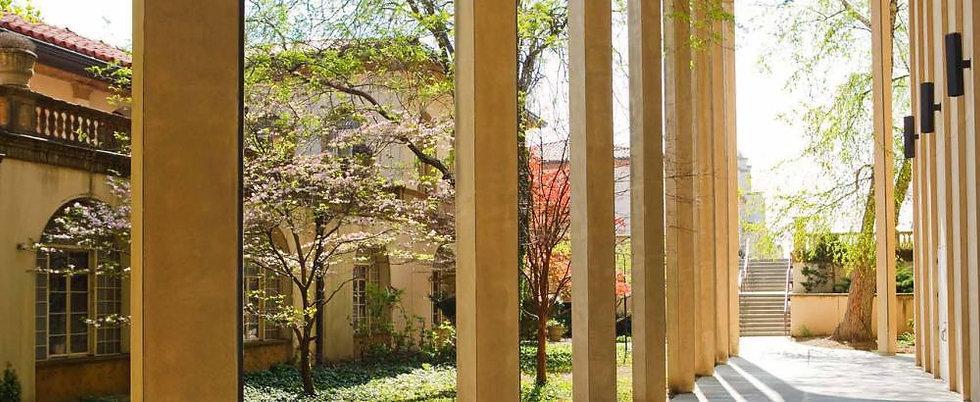 Holos University