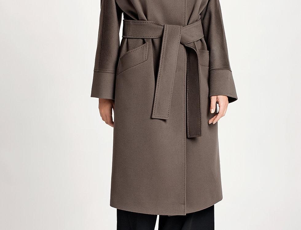 Kašmyro ir vilnos paltas su kailine apykakle