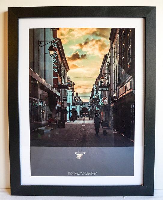 "Cadre Photo 45x34cm ""La Rue Brauhauban, Tarbes"""