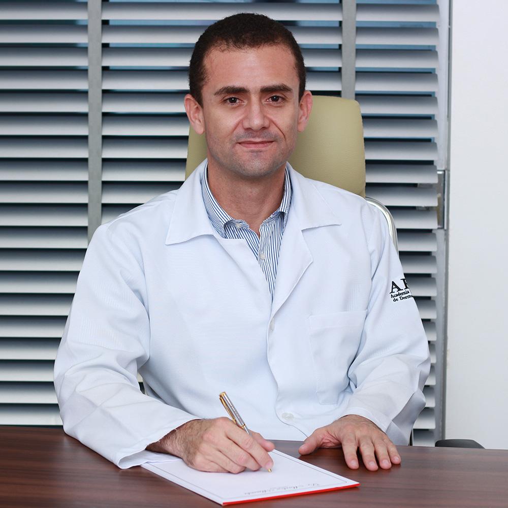 Dr Marlon Almeida