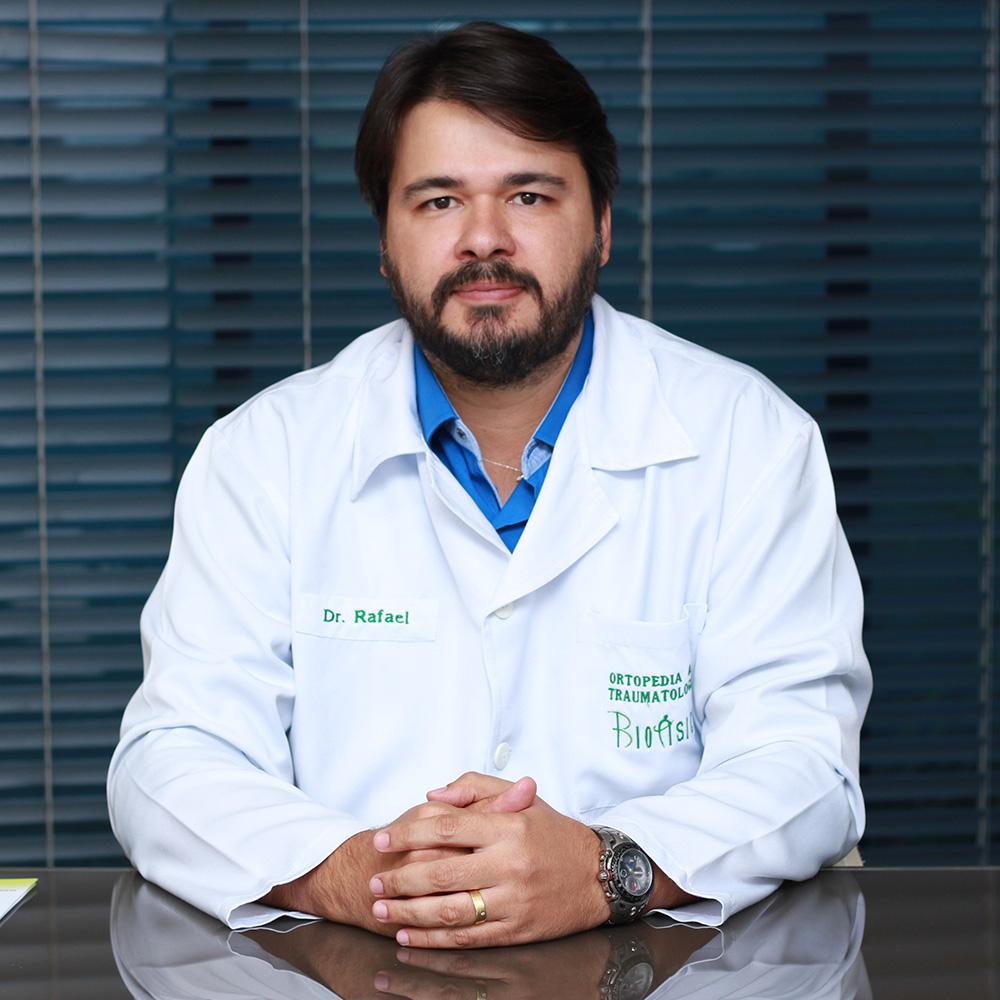 Dr Rafael Cavalcanti