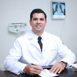 Dr Álvaro