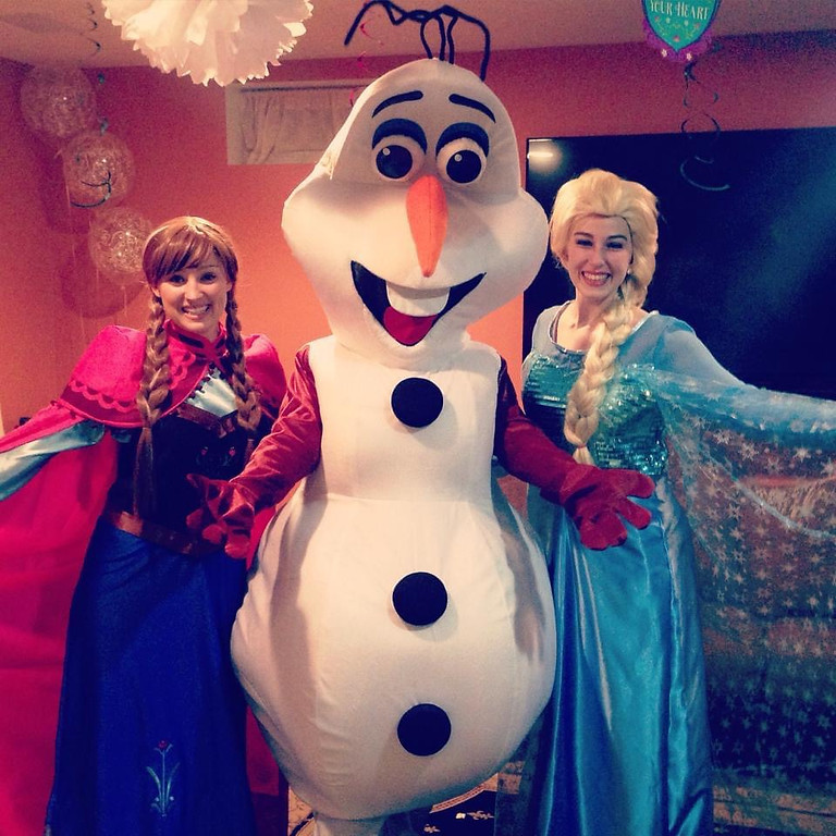Frozen party with the whole gang!!!