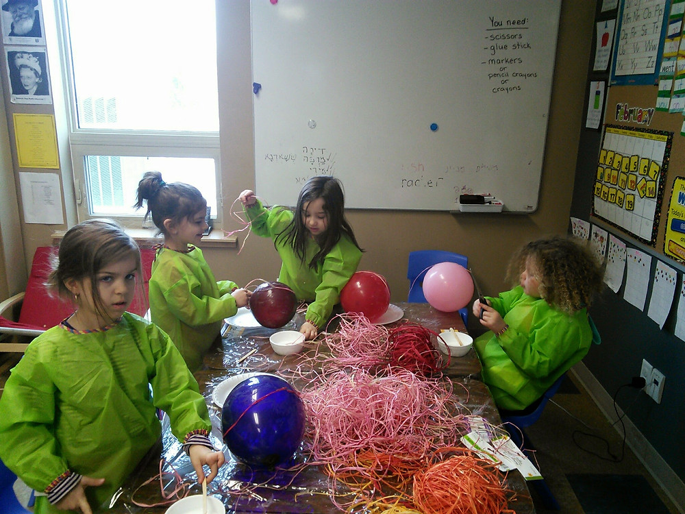Picasa - Making our Mishlaoch Manot Baskets