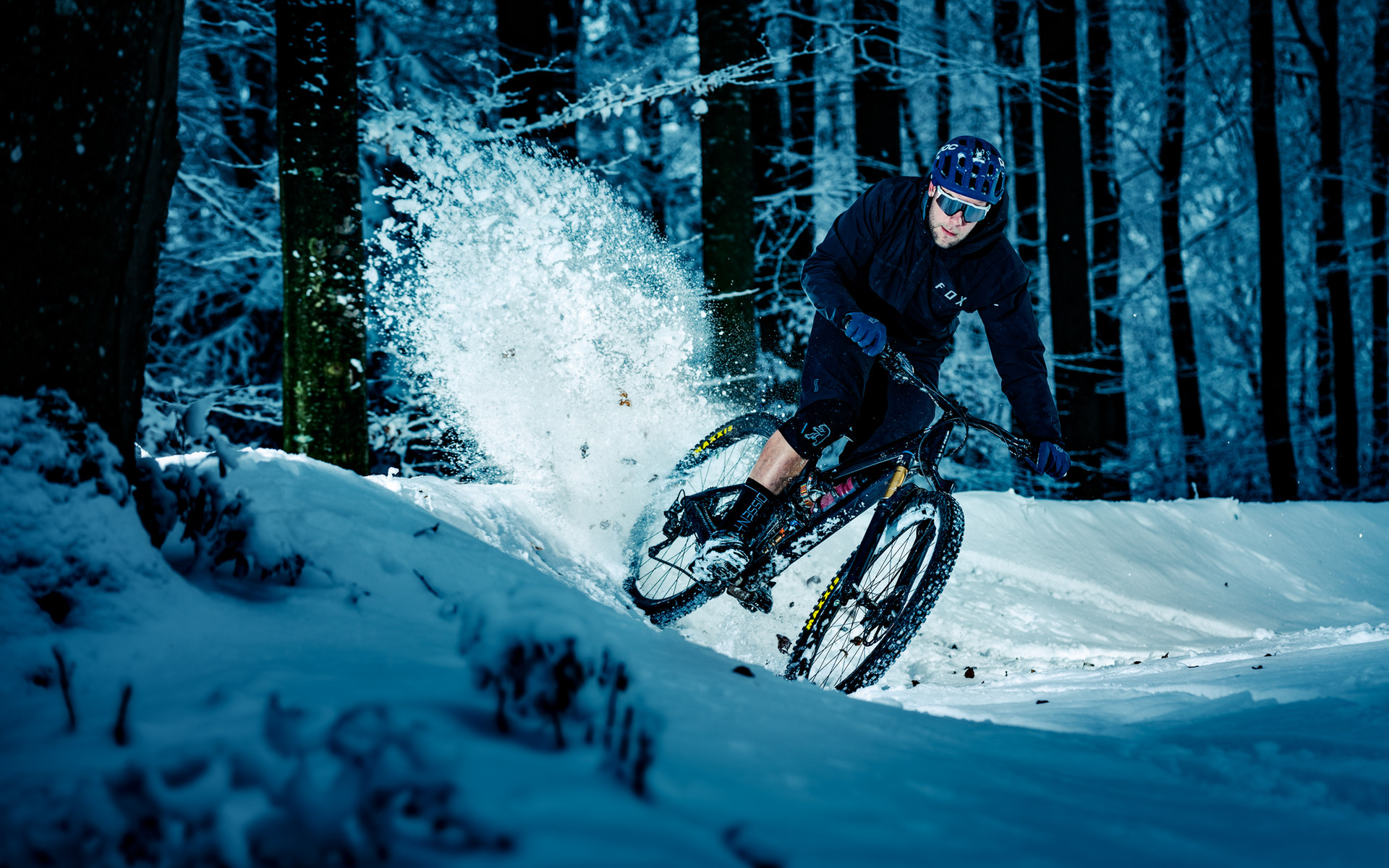 Mountainbike_Snow_02.jpg