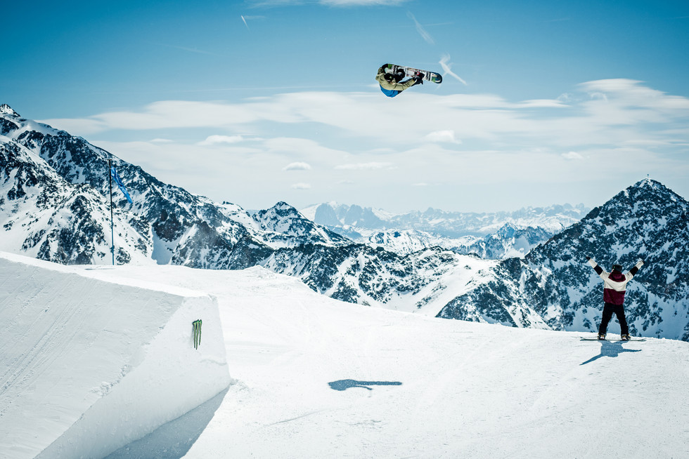 Monster_Energy_Stubai_01.jpg