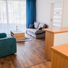 apart-9-salon.jpg