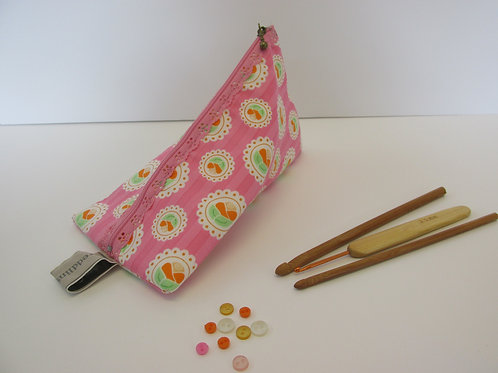 Small storage pouch 2307