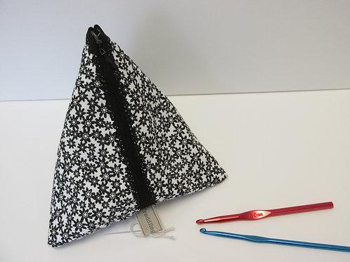 Pyramid bag 247