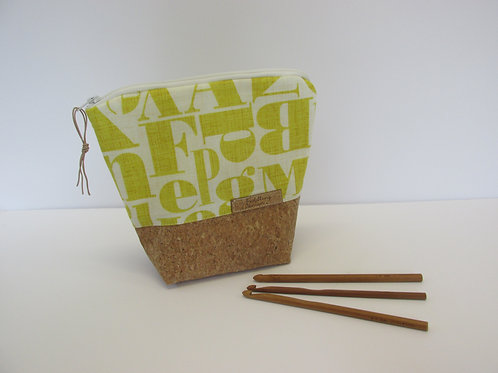 Small storage pouch 2394
