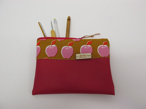 Small storage pouch 2563