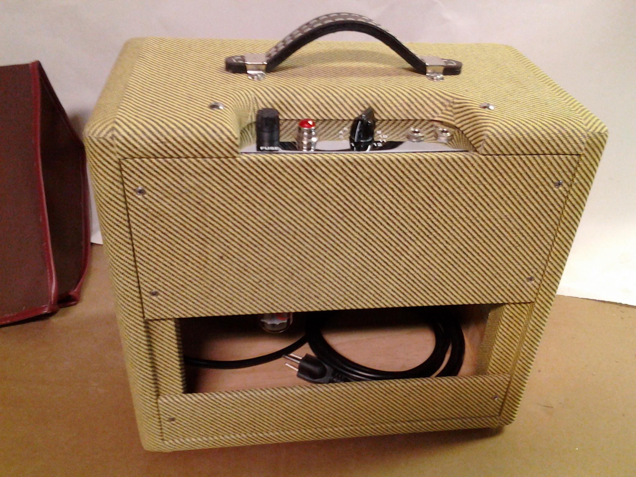 Bennett VC-5F1 Amp