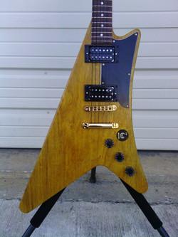 Bennett MOderne Guitar