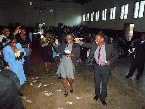 Perekani Perekani at a Malawian Wedding