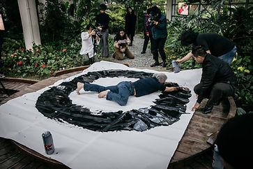《Seop Kyun-ONSAEMIRO》20分鐘_行為藝術_2019.jpg