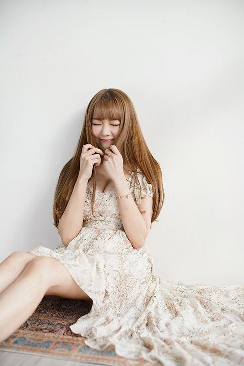 Tea rose printed high-low hem dress in cream