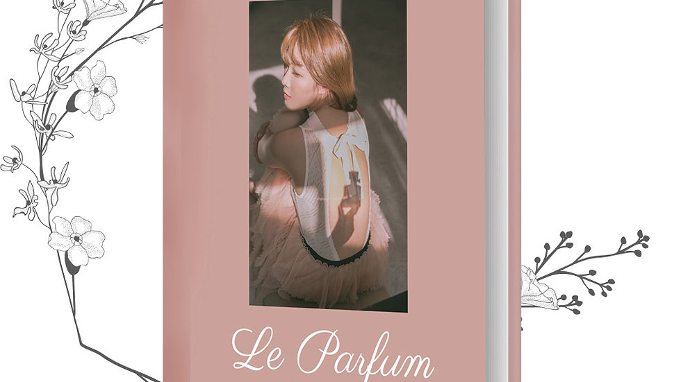 Le Parfum- The 5th Book by Lilian Kan