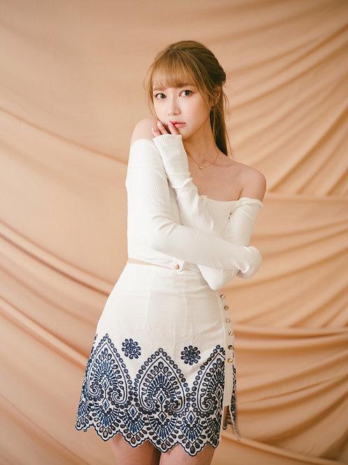 Kanalili blue and white porcelain embroidered skirt