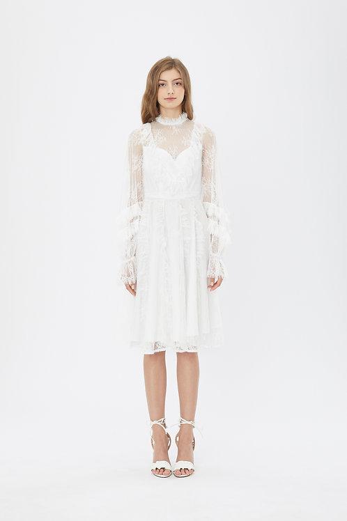 KanaLili daydreamy white lace puff sleeve dress