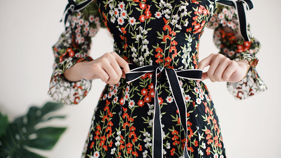 Baroque floral embroidered dress