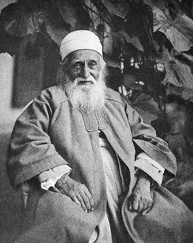 1200px-'Abdu'l-Bahá_portrait.jpg