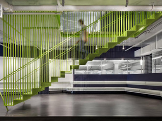 Primé au prix d'excellence de la construction en acier de l'ICCA Québec / Awarded at the Design Awar