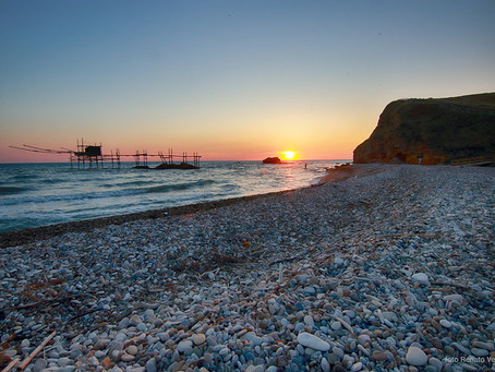 """L'ultimo giardino naturale tra il mare e la terra: """"Riserva Naturale Regionale Punta Aderci"""""""