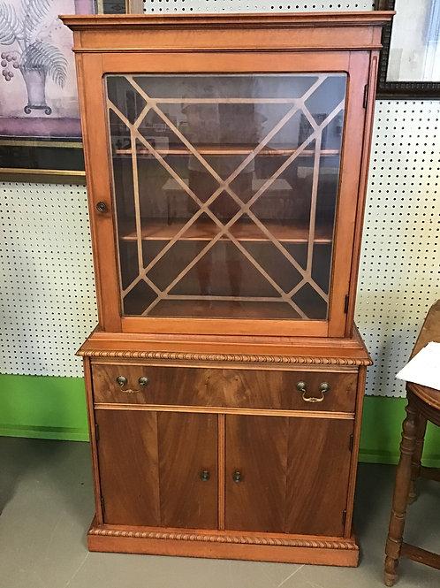M100 Vintage Display Case
