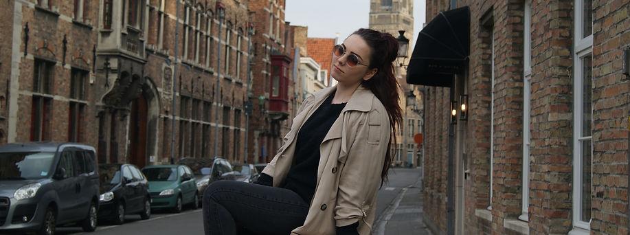 Belgium blogger Yana Huremovic