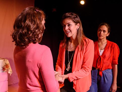 Vanessa Labrie as Paula (centre) Gina Ruysen as Kate (left) Amanda Vilanova as Sarah (right) in FRIDAY NIGHT LOVE POEM. Photo by Matthew Thomas.