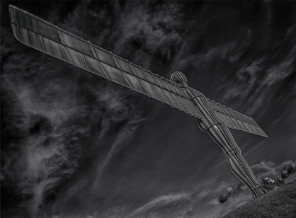 ANGEL OF THE NORTH ( 2017 )