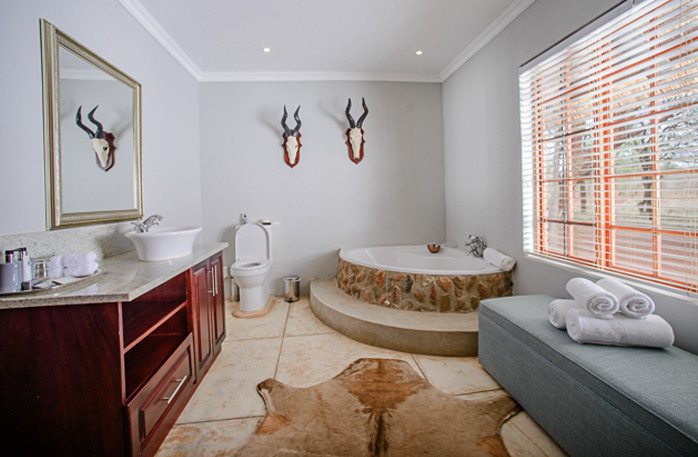 Bathroom at Kilima Private Game Reserve and Spa