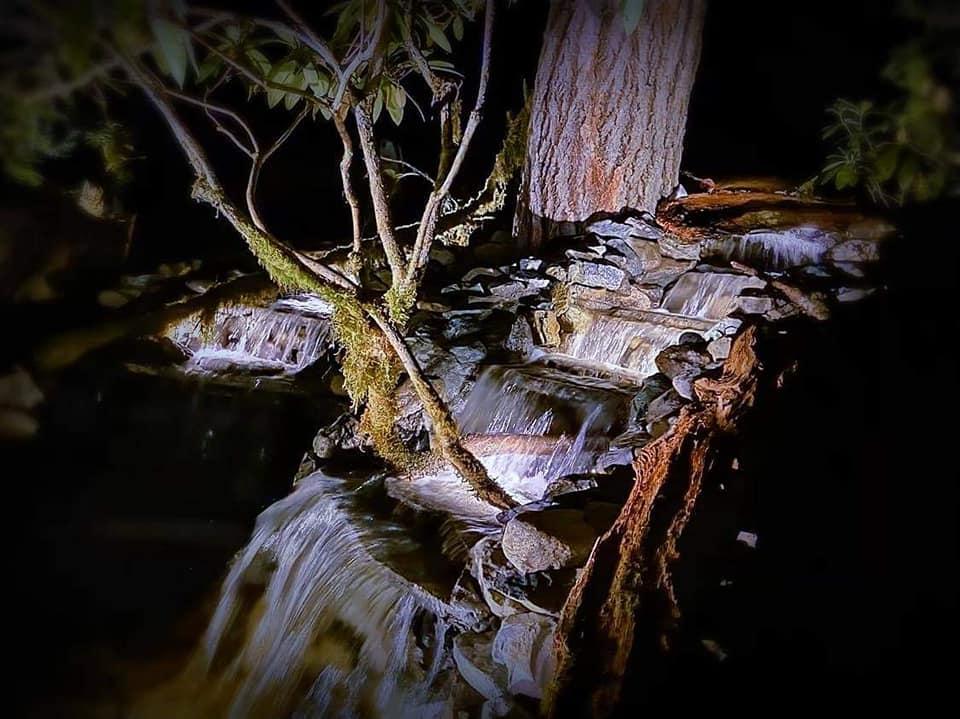 Night view of dragon tail falls