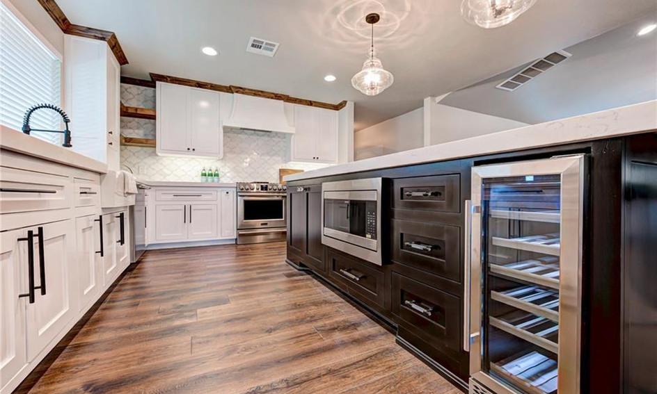 Regency Kitchen 3.jpg