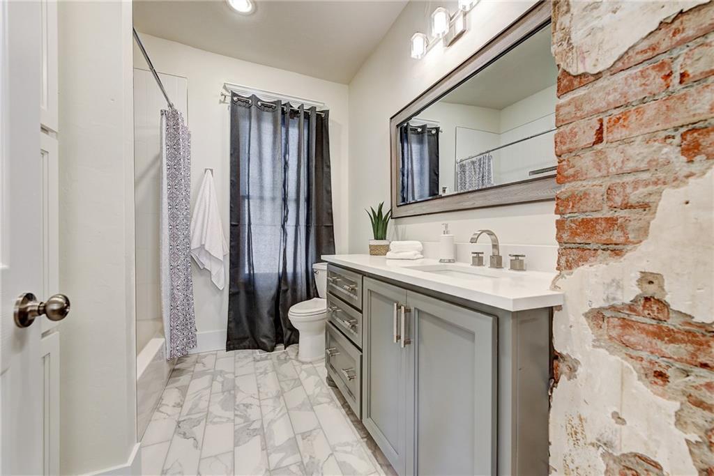 Mesta Downstairs Bath.jpg
