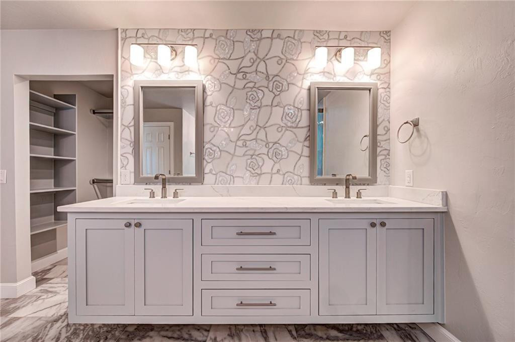 Regency Cabinets 3.jpg
