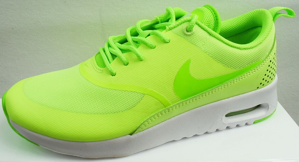NIKE AIR MAX THEA LADIES TRAINERS BRAND NEW SIZE UK 4.5