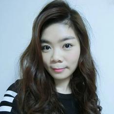 Blogger Fing Yan