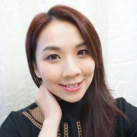 Blogger Amy Ng