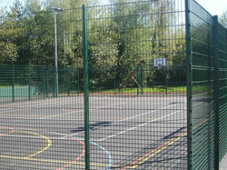 weld mesh court