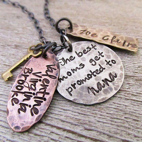 Nana Necklace - The best moms get promoted - Grand